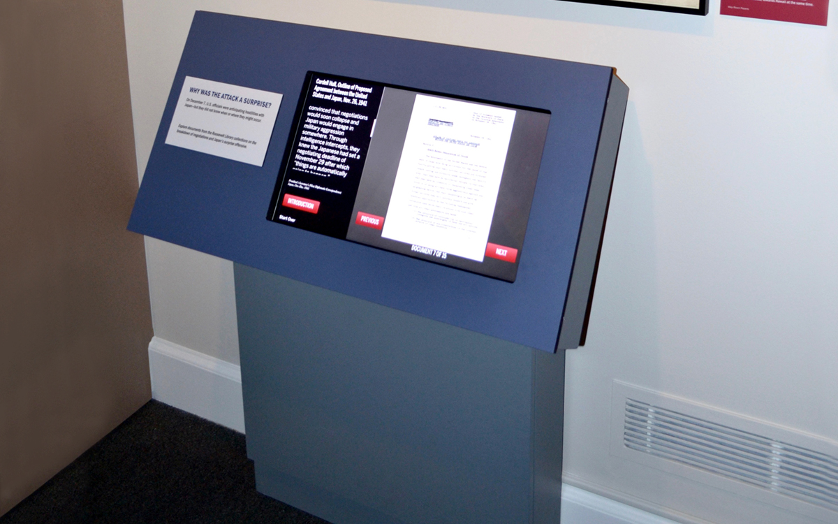 Custom interactive kiosk with touchscreen for the FDR museum exhibit